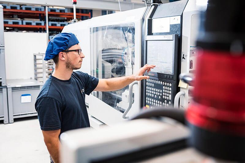Ausbildung zum Verfahrensmechaniker/-in für Kunststoff- und Kautschuktechnik