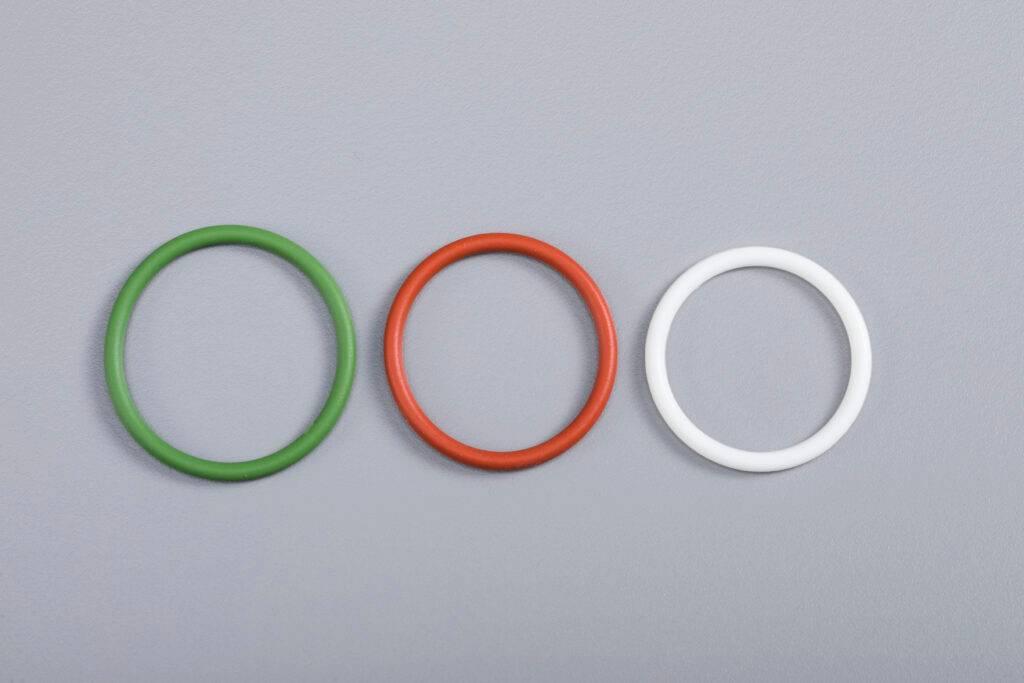 Ozonbeständige und hitzebeständige Silikondichtungs O -Ringe für Fahrzeugbau- und Straßenverkehr