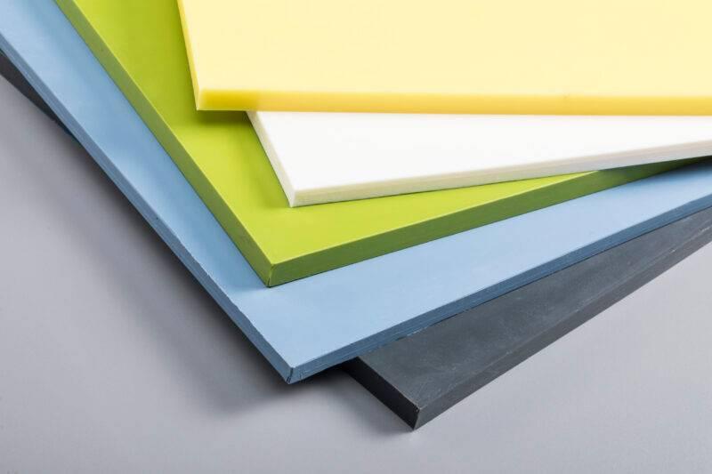 peroxidisch- oder platinvernetzte Silikonplatten in verschiedenen Farben